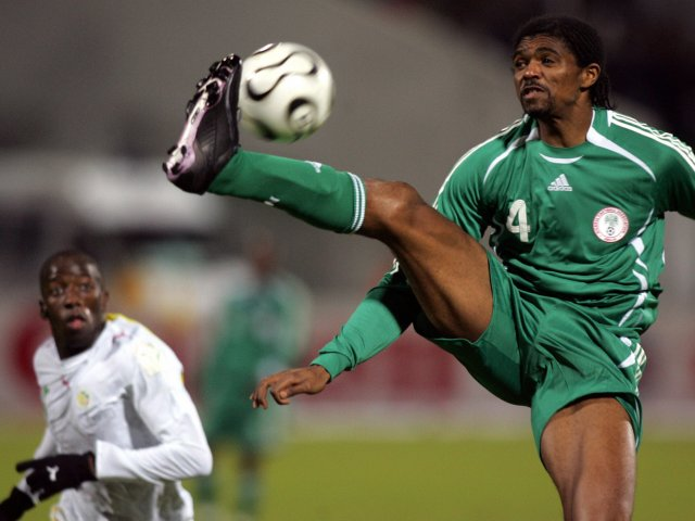 Former Arsenal Player Kanu To 400 Teens Nigerians In Canada