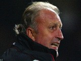 Then Nottingham Forest manager Paul Hart signals to his players during the Nationwide first division match between West Ham United and Nottingham Forest on October 22 , 2003