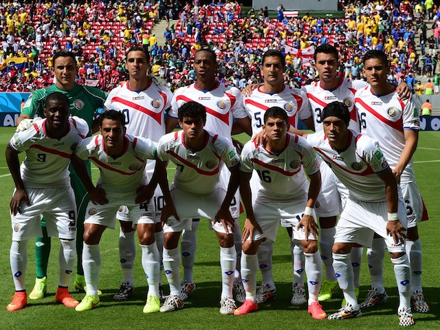 Costa Rica's national team players pose for team picture prior to a Group D football match between Italy and Costa Rica at the Pernambuco Arena in Recife during the 2014 FIFA World Cup on June 20, 2014