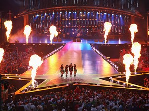 Singer Lulu performs during the Closing Ceremony for the Glasgow 2014 Commonwealth Games at Hampden Park on August 3, 2014