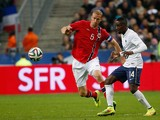 Norway's defender Brede Hangeland vies with France's midfielder Blaise Matuidi during a friendly football match between France and Norway at the Stade de France in Saint-Denis near Paris, on May 27, 2014
