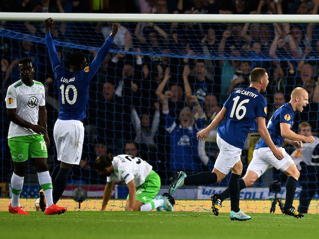 Steven Naismith (R) of Everton celebrates after scoring the opening goal during the UEFA Europa League Group H match between Everton and VFL Wolfsburg on September 18, 2014
