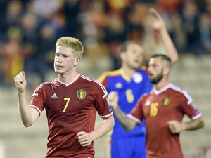 Belgium's midfielder Kevin De Bruyne celebrates after scoring a penalty during the Euro 2016 qualifying round football match between Belgium and Andorra at the King Baudouin Stadium, on October 10, 2014