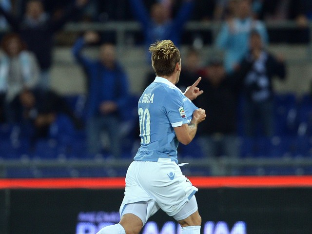 Lazio's Argentinian midfielder Lucas Biglia celebrates after scoring a goal during the Serie A football match Lazio vs Torino on October 26, 2014