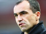 Roberto Martinez, manager of Everton looks on during the Barclays Premier League match between Hull City and Everton at KC Stadium on January 1, 2015