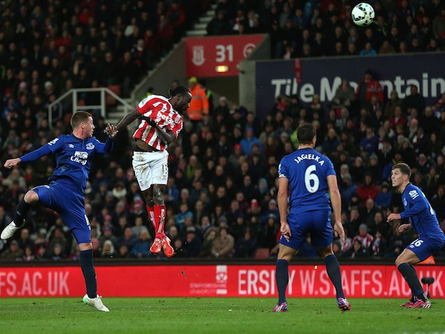 Victor Moses of Stoke City scores the first goal during the Barclays Premier League match between Stoke City and Everton at Britannia Stadium on March 4, 2015