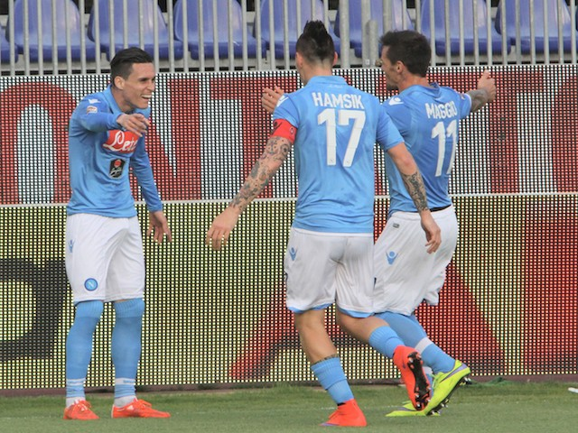 Josè Maria Callejon of Napoli celebrated with the team-mates the goal 0-1 during the Serie A match between at Stadio Sant'Elia on April 19, 2015