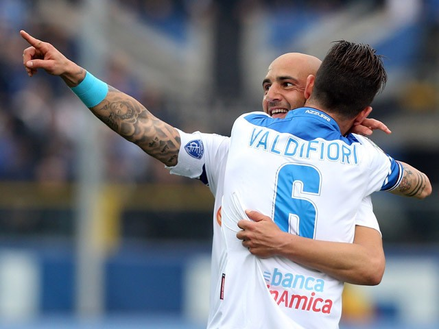 Massimo Maccarone (L) of Empoli celebrates after scoring his team's second goal during the Serie A match between Atalanta BC and Empoli FC at Stadio Atleti Azzurri d'Italia on April 26, 2015