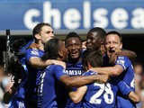 Chelsea players celebrate after the English Premier League football match between Chelsea and Crystal Palace at Stamford Bridge in Lo