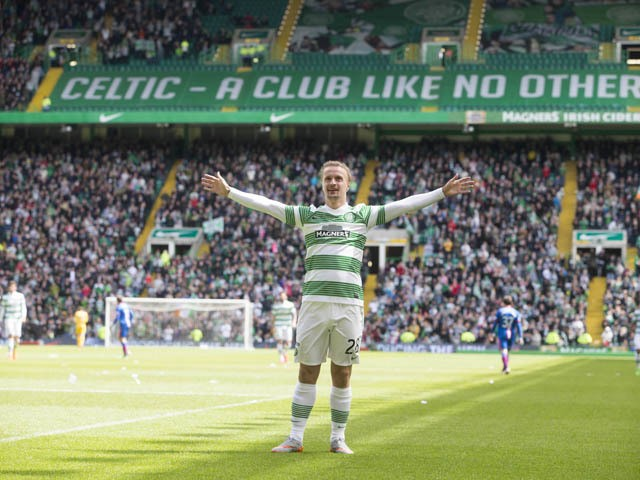 Leigh Griffiths in celebrates scoring Celtics 4th goal during the Scottish Premiership Match between Celtic and Inverness Caley Thistle at Celtic Park on May 24, 2015