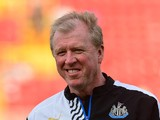 Newcastle United manager Steve McClaren watches on during the pre season friendly between Gateshead and Newcastle United at Gateshead International Stadium on July 10, 2015