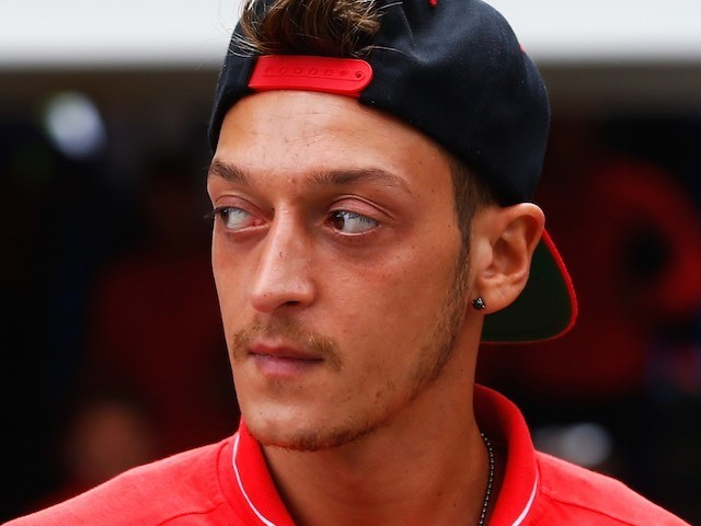 Mesut Ozil Arrives At Selhurst Park Ahead Of Arsenal S