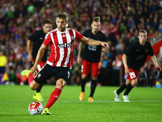 Jay Rodriguez of Southampton scores from the penalty spot during the UEFA Europa League Play Off Round 1st Leg match between Southampton and Midtjylland at St Mary's Stadium on August 20, 2015