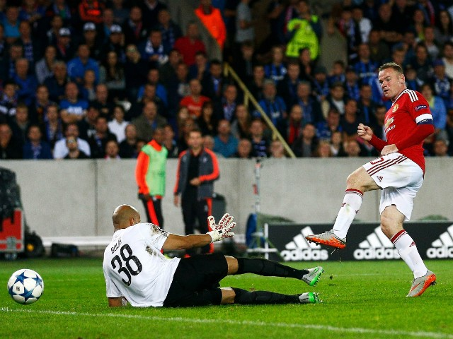 Wayne Rooney of Manchester United scores his hat trick goal during the UEFA Champions League qualifying round play off 2nd leg match between Club Brugge and Manchester United held at Jan Breydel Stadium on August 26, 2015 in Brugge, Belgium.