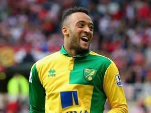 Nathan Redmond of Norwich City celeberates scoring his team's third goal during the Barclays Premier League match between Sunderland and Norwich City at the Stadium of Light on August 15, 2015 in Sunderland, United Kingdom
