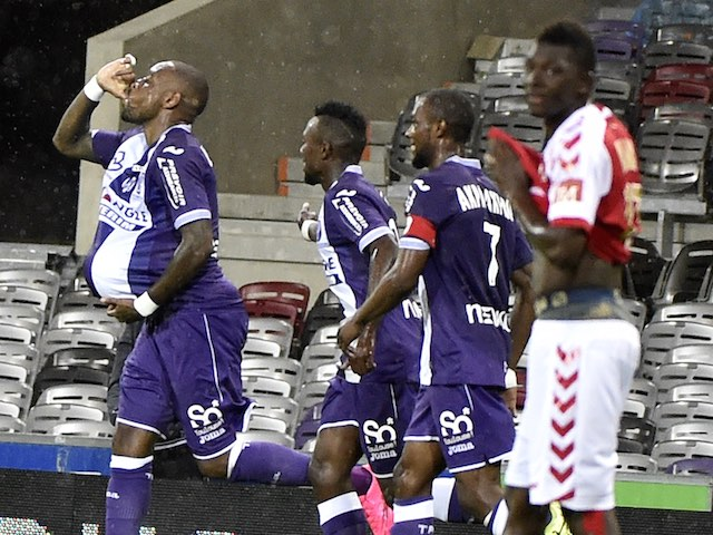 Jean-Armel Kana-Biyik celebrates scoring for Toulouse against Reims on September 12, 2015