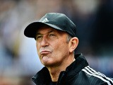 Tony Pulis manager of West Bromwich Albion looks on prior to the Barclays Premier League match between Crystal Palace and West Bromwich Albion at Selhurst Park on October 3, 2015