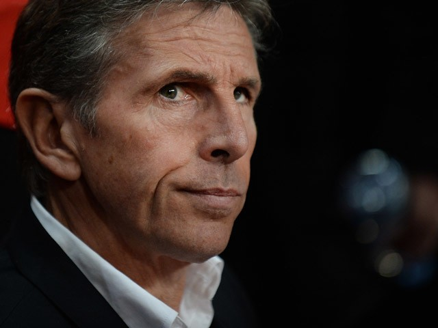 Nice's French head coach Claude Puel looks on during the French L1 football match between Rennes and Nice on October 18, 2015