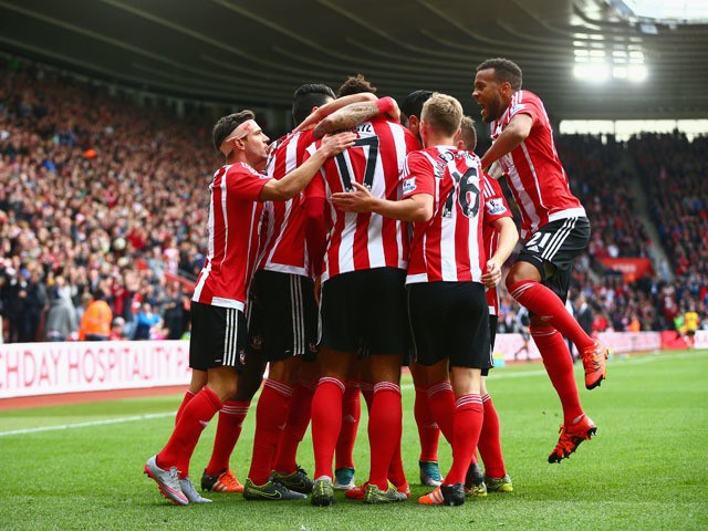 Virgil van Dijk (C) of Southampton celebrates scoring his team's second goal with his team mates during the Barclays Premier League match between Southampton and Leicester City at St Mary's Stadium on October 17, 2015
