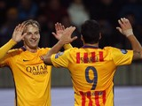 Barcelona's Croatian midfielder Ivan Rakitic (L) and Barcelona's Uruguayan forward Luis Suarez celebrate during the UEFA Champions League group E football match between FC BATE Borisov and FC Barcelona at the Borisov Arena stadium outside Minsk on October