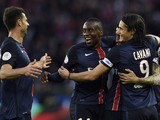 Paris Saint-Germain's Argentinian midfielder Angel Di Maria (Rear R) celebrates with teammates Blaise Matuidi (C), Thiago Motta (L) and Edinson Cavani after scoring during the French L1 football match Paris Saint-Germain (PSG) vs Toulouse on November 7, 2