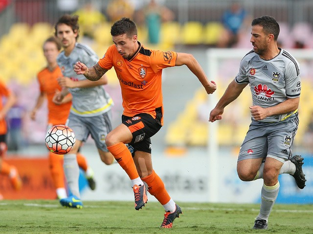 Jamie Maclaren of the Roar kicks during the round 10 A-League match between the Brisbane Roar and the Wellington Phoenix at Cazaly's Stadium on December 12, 2015