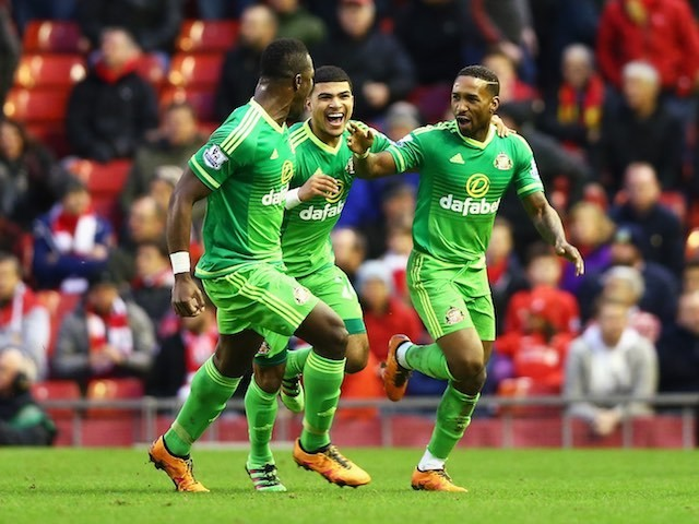 Jermain Defoe celebrates scoring the equaliser during the Premier League game between Liverpool and Sunderland on February 6, 2016