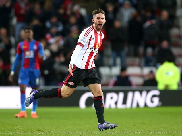 Fabio Borini scores the equaliser during the Premier League game between Sunderland and Crystal Palace on March 1, 2016