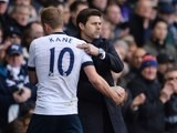 Mauricio Pochettino embraces Harry Kane as he leaves the field during the Premier League game between Tottenham Hotspur and Manchester United on April 10, 2016
