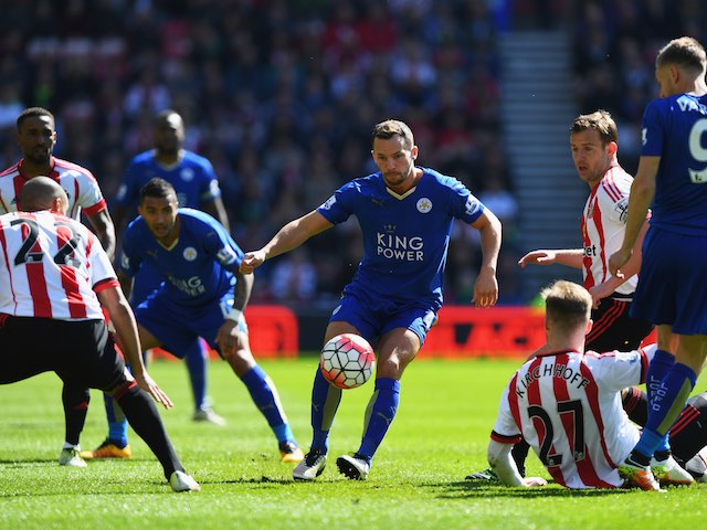Danny Drinkwater in action during the Premier League game between Sunderland and Leicester City on April 10, 2016