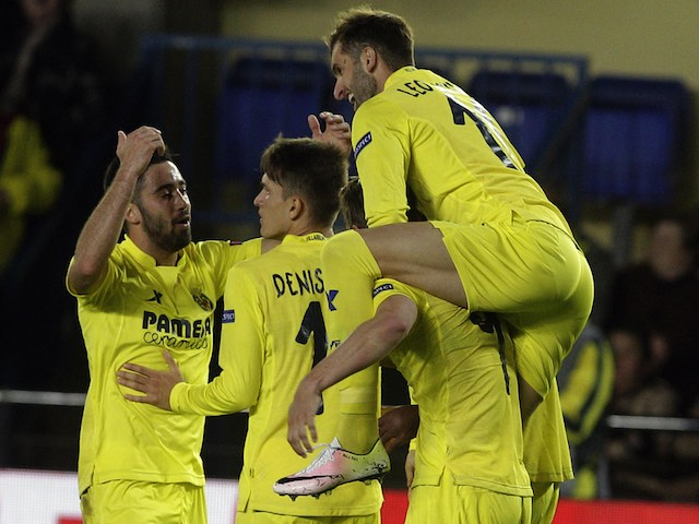 Villarreal players celebrate their second goal during the Europa League quarter-final between Villarreal and Sparta Prague on April 7, 2016