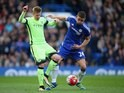 Kevin De Bruyne battles with big Gary Cahill during the Premier League game between Chelsea and Manchester City on April 16, 2016