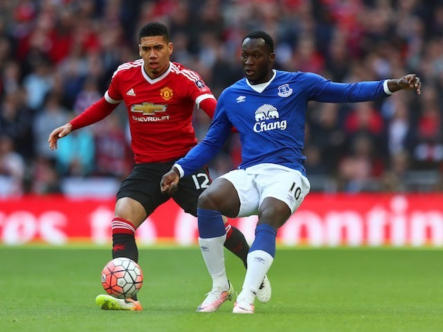 Romelu Lukaku and Chris Smalling in action during the FA Cup semi-final between Everton and Manchester United on April 23, 2016