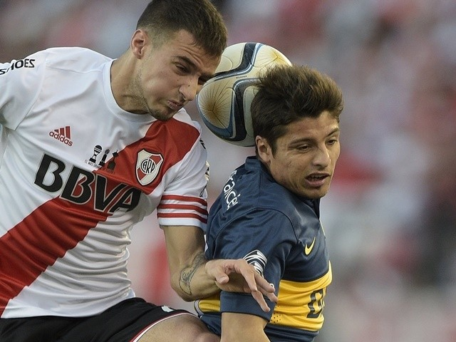 River Plate defender Emanuel Mammana in action on September 13, 2015