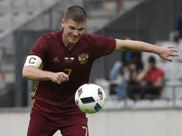 Igor Denisov plays the ball during the international friendly between Russia and Czech Republic on June 1, 2016