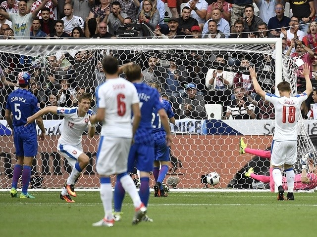 Milan Skoda scores during the Euro 2016 Group D match between Czech Republic and Croatia on July 17, 2016