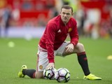 Wayne Rooney warms up prior to the game between Manchester United and Leicester City on September 24, 2016