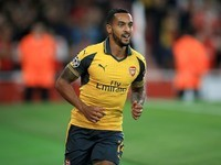 Theo Walcott in action during the Champions League game between Arsenal and Basel on September 28, 2016