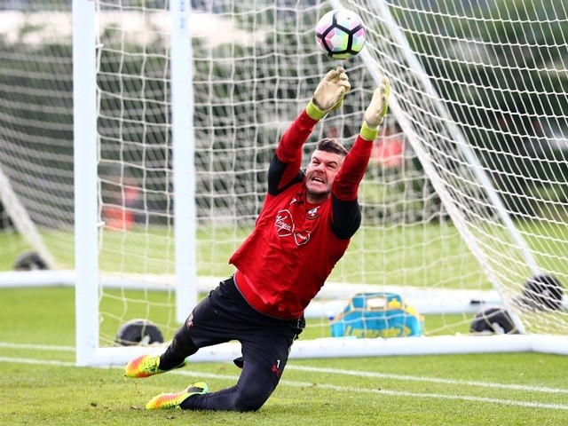 Fraser Forster of Southampton during training on October 14, 2016