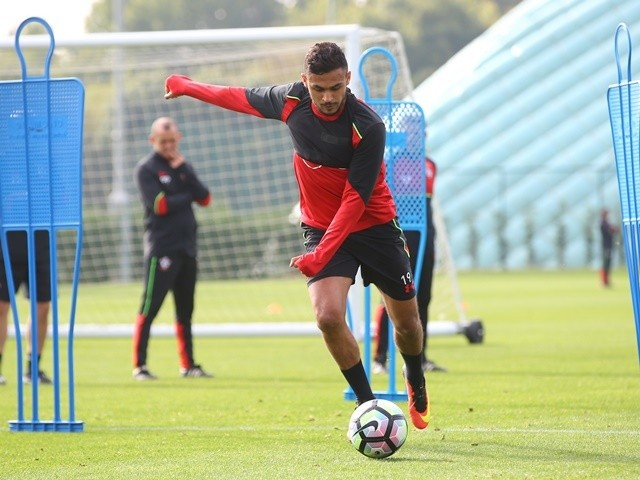 Sofiane Boufal of Southampton during training on October 14, 2016