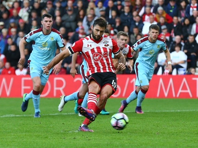 Charlie Austin scores from the penalty spot during the Premier League match between Southampton and Burnley at St Mary's on October 16, 2016