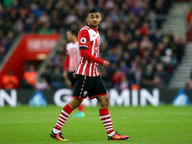 Sofiane Boufal in action during the Premier League game between Southampton and Liverpool on November 19, 2016