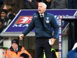 Crystal Palace manager Alan Pardew looks on during his side's Premier League clash with Manchester City at Selhurst Park on November 19, 2016