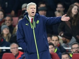 Arsene Wenger reacts during the Champions League game between Arsenal and PSG on November 23, 2016