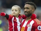 Sunderland's Jermain Defoe with fan Bradley Lowery at the Premier League match against Everton on February 25, 2017