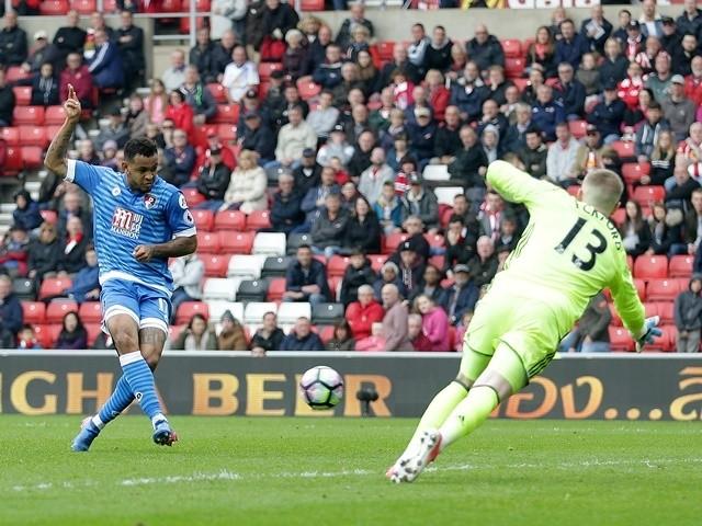 Joshua King scores for Bournemouth against Sunderland on April 29, 2017