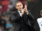 Paul Clement applauds during the Premier League game between Swansea City and Everton on May 6, 2017