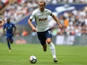 Harry Kane in action during the Premier League game between Tottenham Hotspur and Chelsea on August 20, 2017